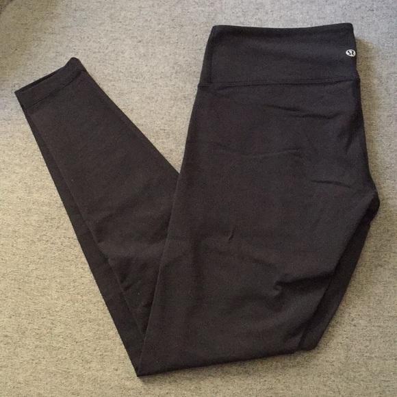 Lululemon wunder under low rise leggings size 10
